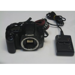 Peegelkaamera Canon 30D...